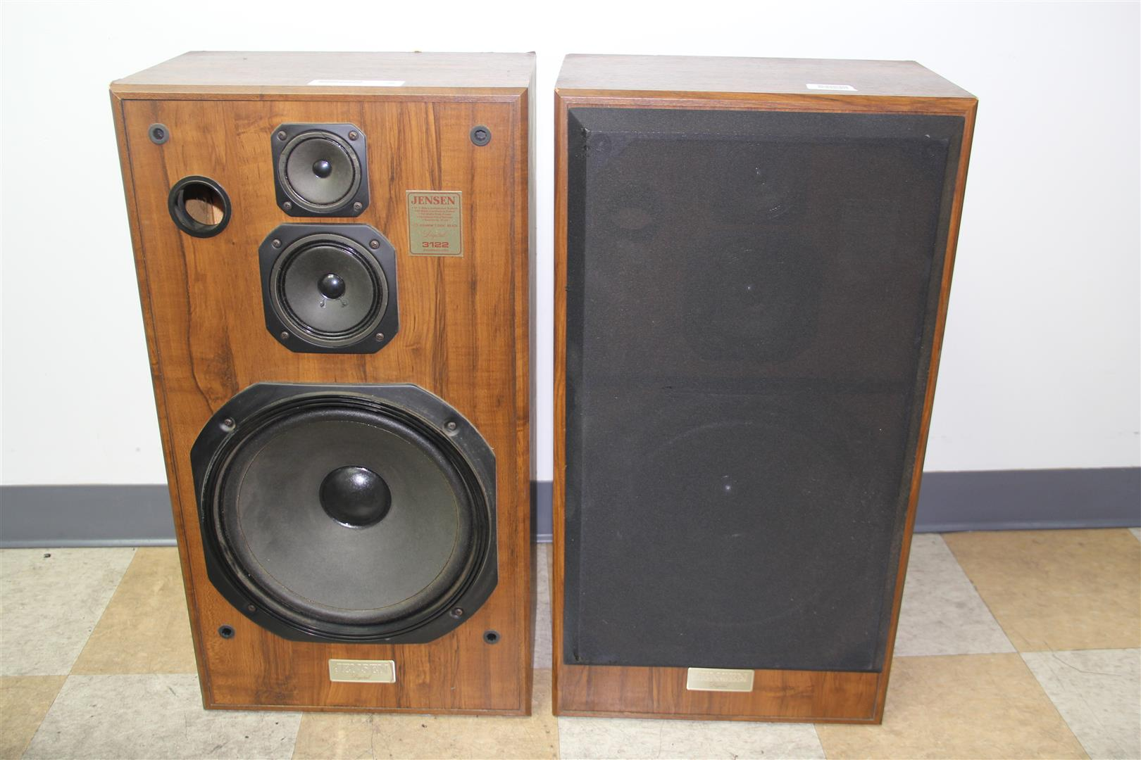 12 Inch Floor Speakers Of Pair Of Vintage Jensen 3122 Floor Standing 12 Inch 3 Way