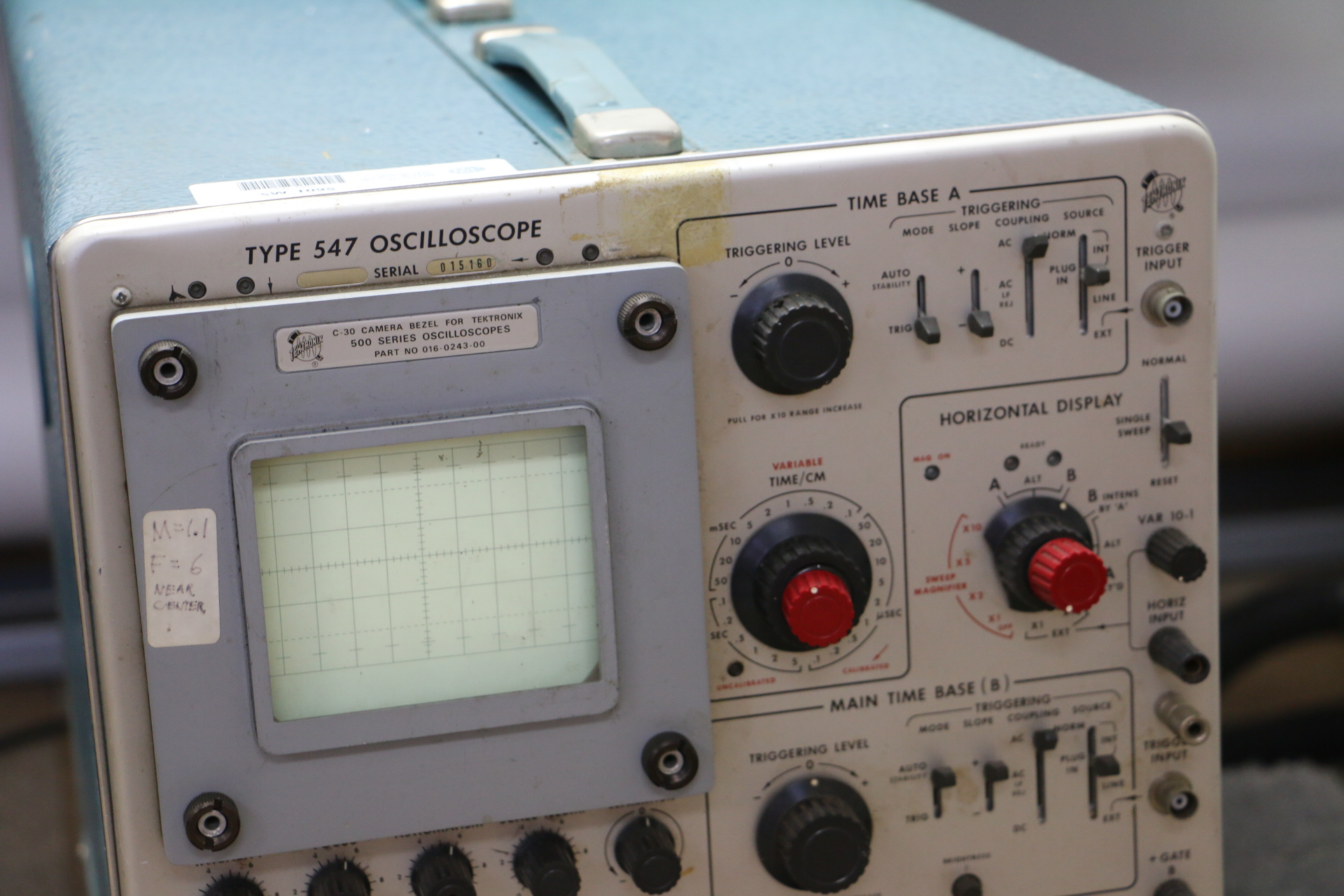 Amp On An Oscilloscope : Tektronix type mhz oscilloscope w a