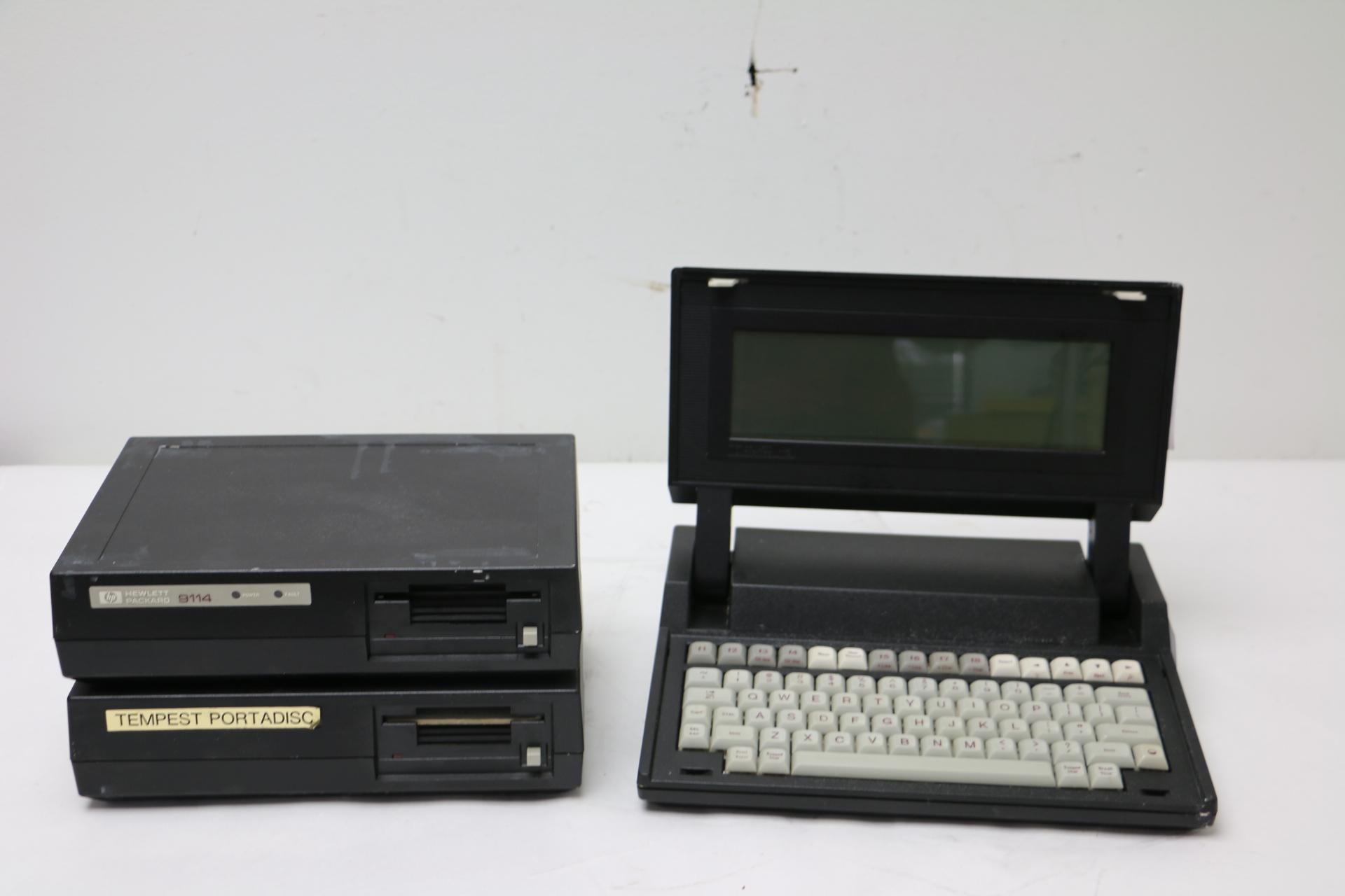 vintage hp model 110 nomad portable computer w hp 9114. Black Bedroom Furniture Sets. Home Design Ideas