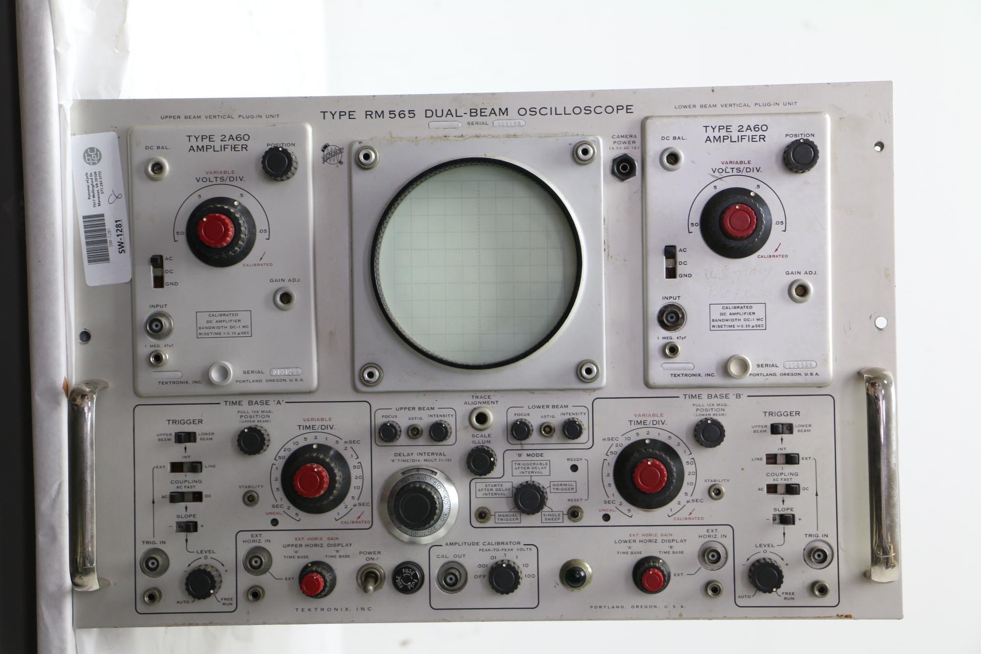 Vintage Tektronix Oscilloscopes : Vintage tektronix rm dual beam oscilloscope w type